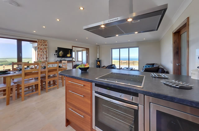 Millwheel self catering holiday cottages picture gallery for Luxury kitchens scotland